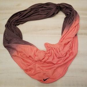 {OS} Nike ombré infinity scarf